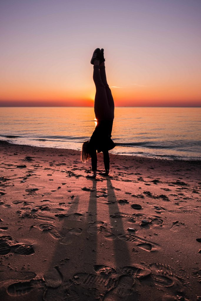 handstand_small